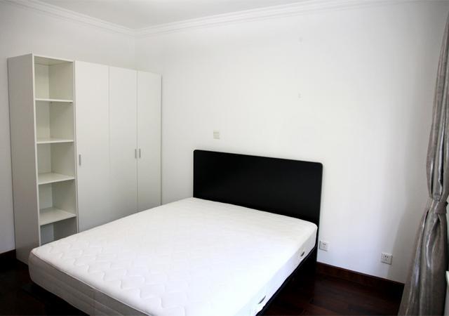 杨浦区-书香公寓-五居室-东卧-12.0㎡