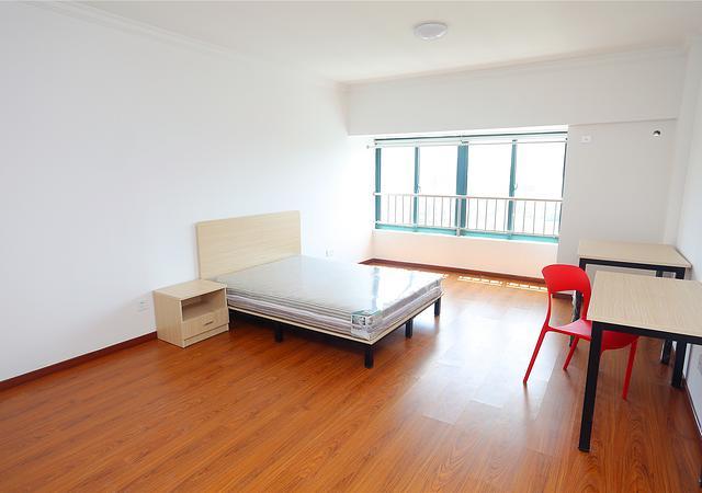 松江区-天择公寓-三居室-南卧-35.0㎡