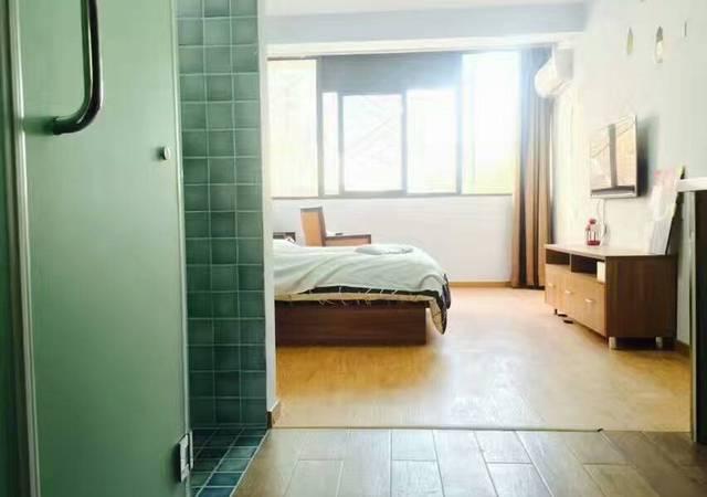 徐汇区-v领地青年社区-1室1厅1卫-50.0㎡