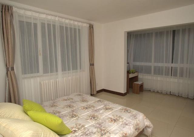 朝阳区-魔方公寓北京普乐门CBD店-1室2厅1卫-94㎡
