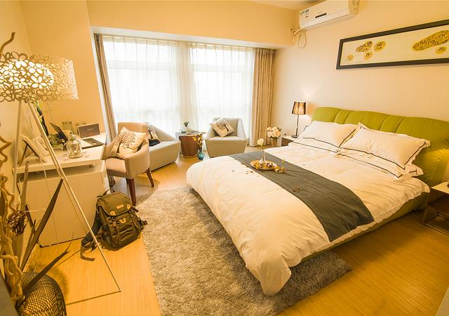 奉贤区-卓越世纪中心公寓-1室0厅1卫-58.0㎡