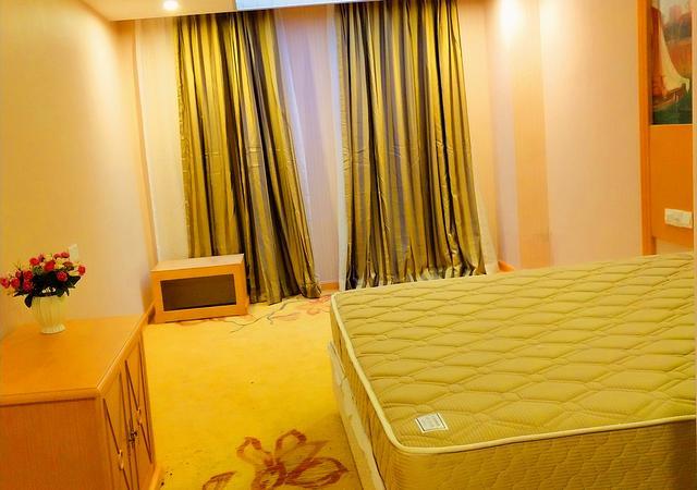 长宁区-时尚酒店公寓-1室1厅1卫-35㎡