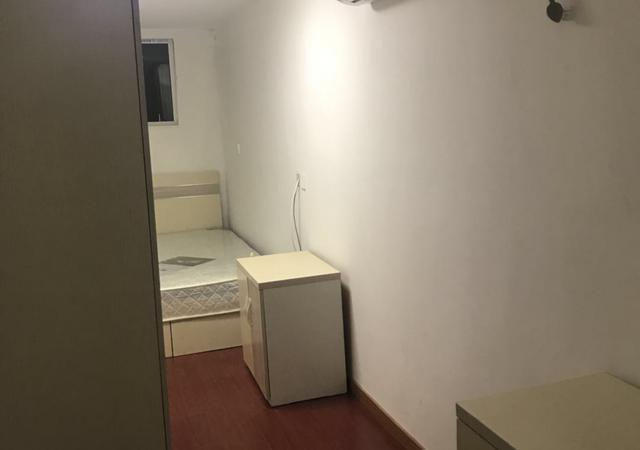 闵行区-创客社区-1室0厅1卫-13㎡