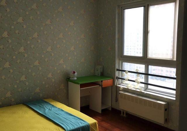 朝阳区-太阳宫圣馨家园-三居室-南卧-25㎡