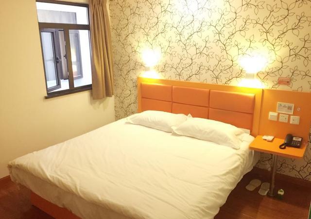 宝山区-布丁酒店沪太支路店-1室0厅2卫-23㎡