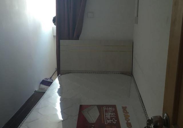 徐汇区-精文公寓-四居室-南卧-11㎡