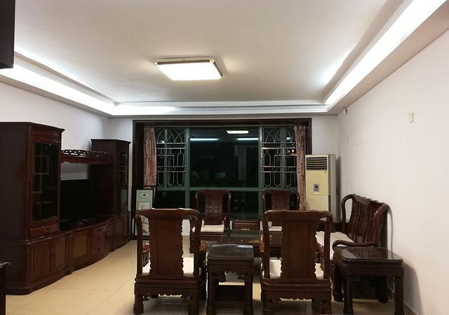 龙岗区-紫薇苑二期-4室2厅2卫-134㎡