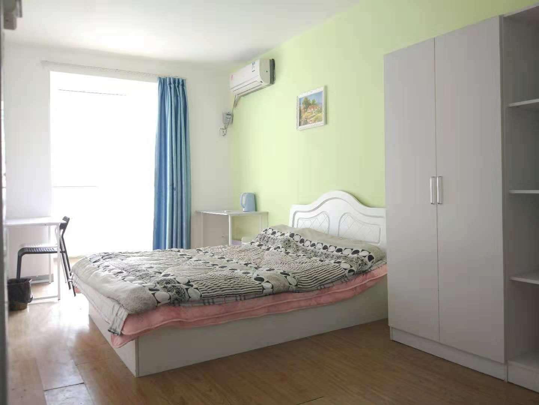 四居室-东南卧-28.0㎡