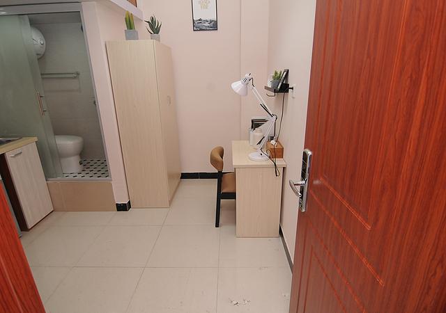 静安区-觅逅(MEHOME)青年公寓-1室0厅1卫-18㎡