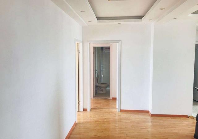 青浦区-佳乐苑-4室2厅2卫-146㎡