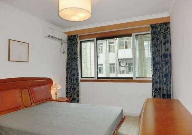 黄浦区-莱兴公寓-1室1厅1卫-67.4㎡