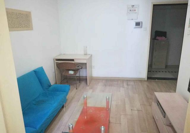 罗湖区-红桂皇冠名庭-1室1厅1卫-43㎡