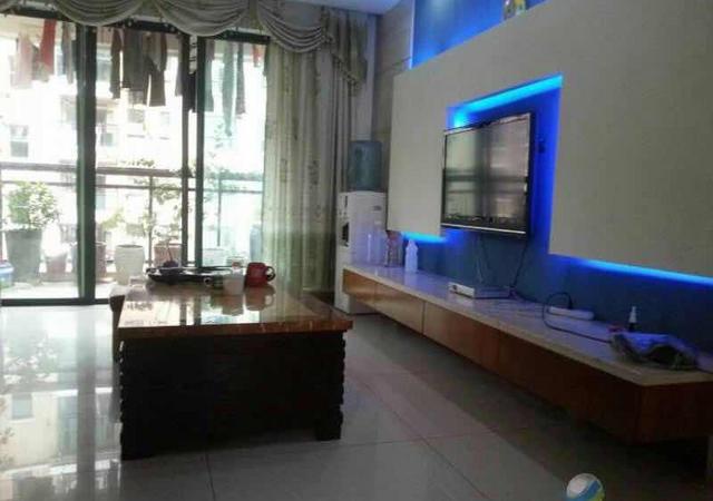 光明新区-合众豪庭-3室2厅2卫-140㎡