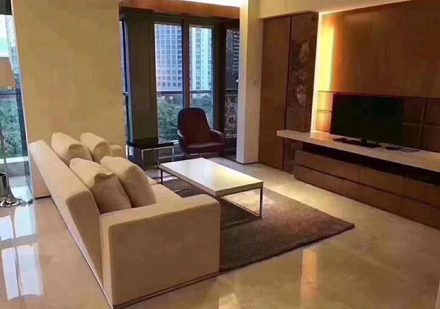 黄浦区-巴卡拉东苑-1室2厅1卫-108㎡