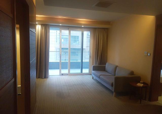 黄浦区-淡水湾花园(一期)-2室2厅2卫-117.2㎡