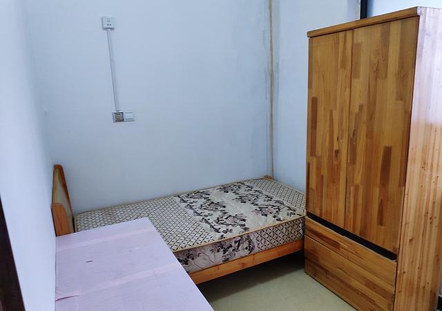 青浦区-二联一区-1室0厅1卫-14㎡
