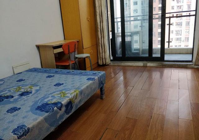 徐汇区-华滨家园-五居室-南卧-28㎡